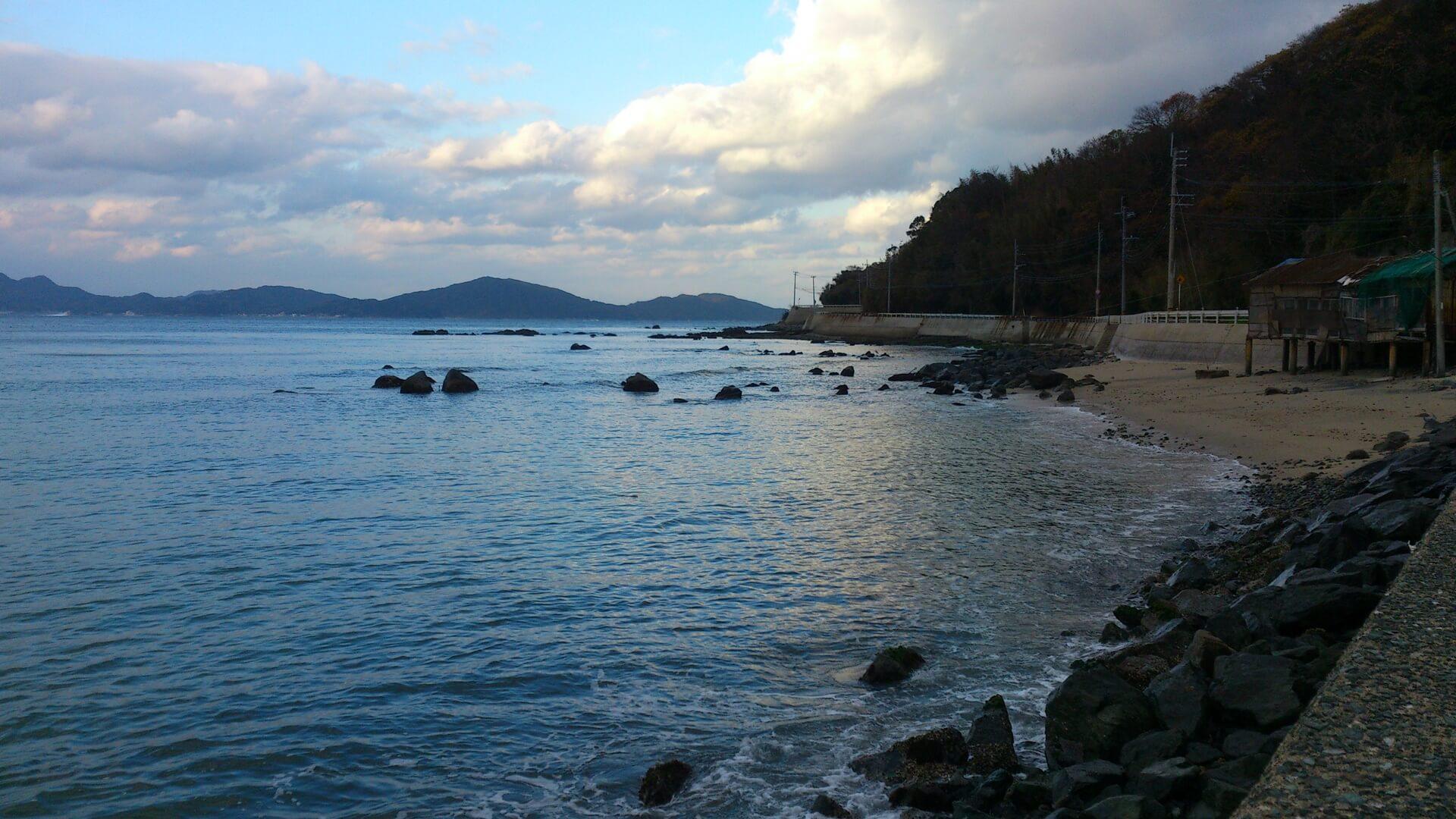 志賀島漁港横の波止
