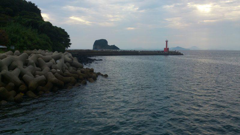 加部島赤灯台