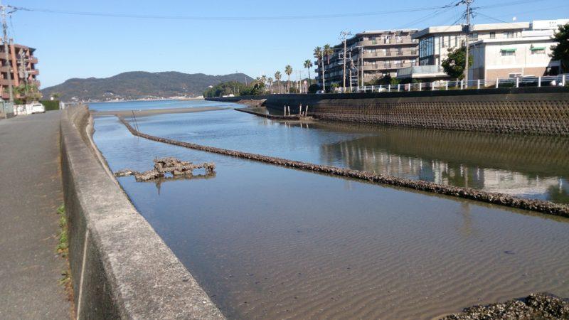 干潮時の十郎川河口