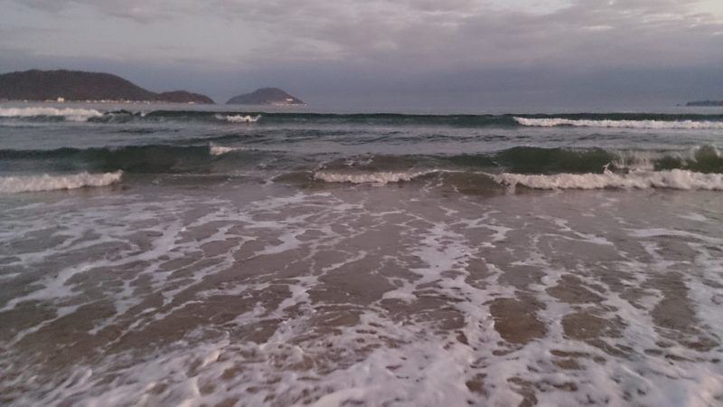 満潮と波高