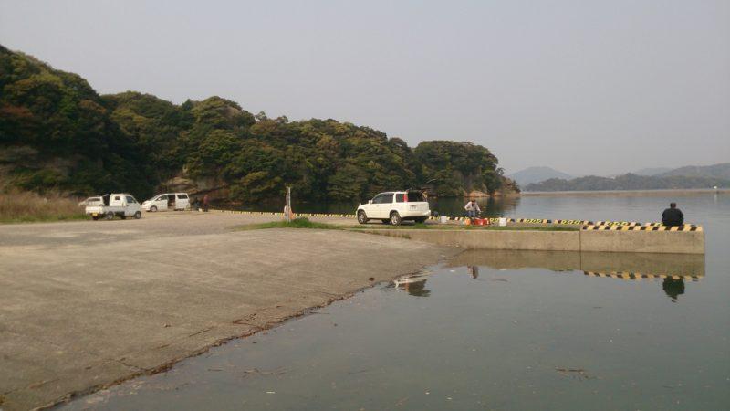 イマリンビーチ前の岸壁