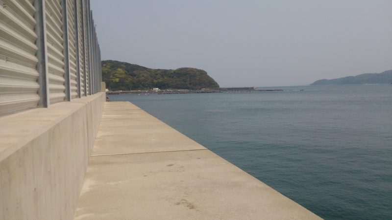 日比港北側