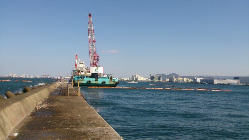 沖防波堤の工事