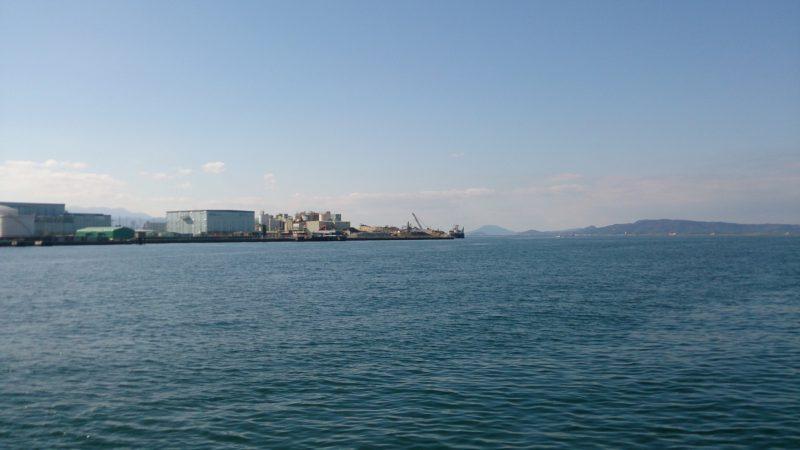 お潮井浜付近から見る博多湾