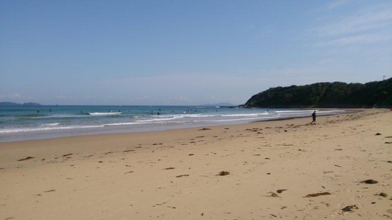 波が出るとサーファーも多い