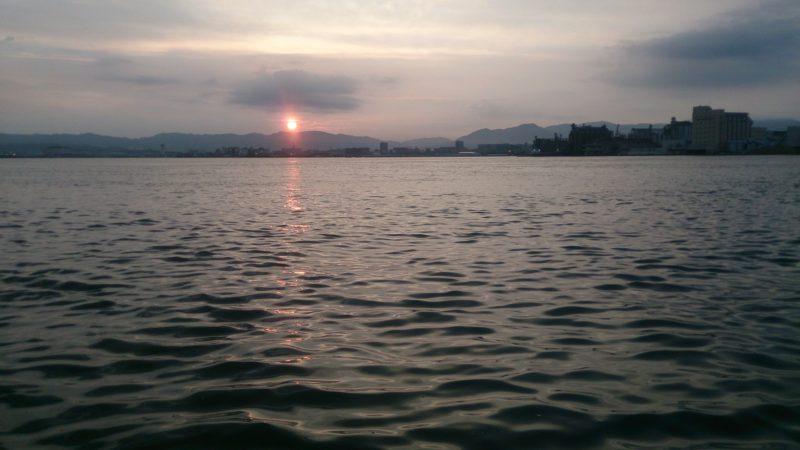 赤灯台から須崎と朝日
